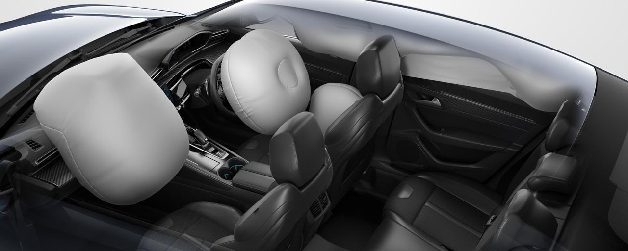 Peugeot 508 Fastback Airbags