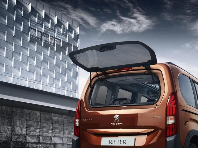 All-new Peugeot Rifter space boot