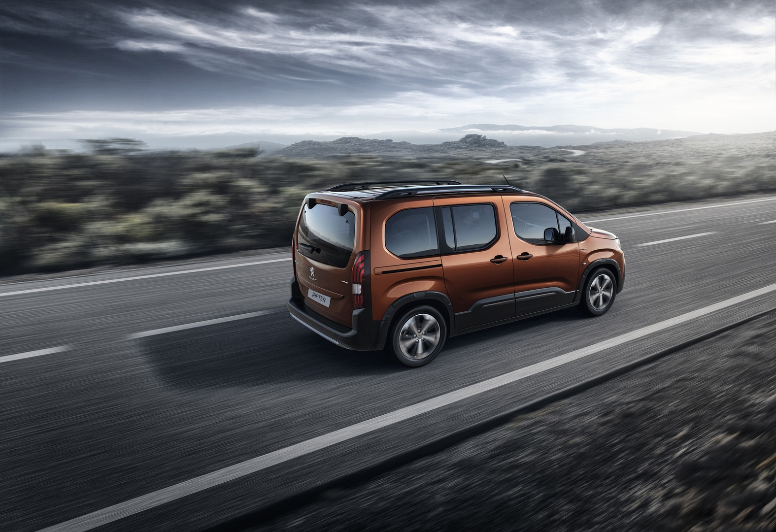 All-new Peugeot Rifter rear style
