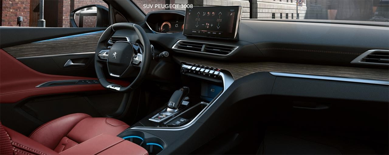 New PEUGEOT 3008 SUV - Large thermal interior in red leather