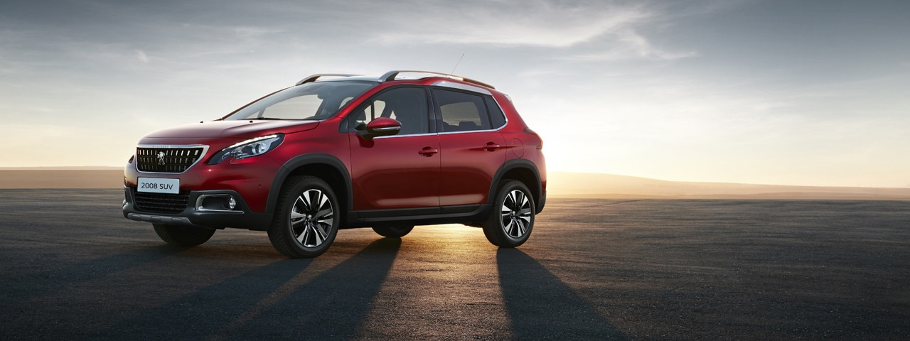 Peugeot 2008 SUV side view