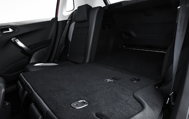 Peugeot 2008 SUV folded seats